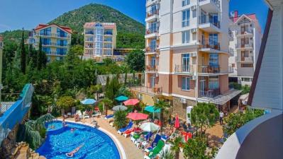 Новый  современный отель Вилла «Валентина» в Алуште (Крым)